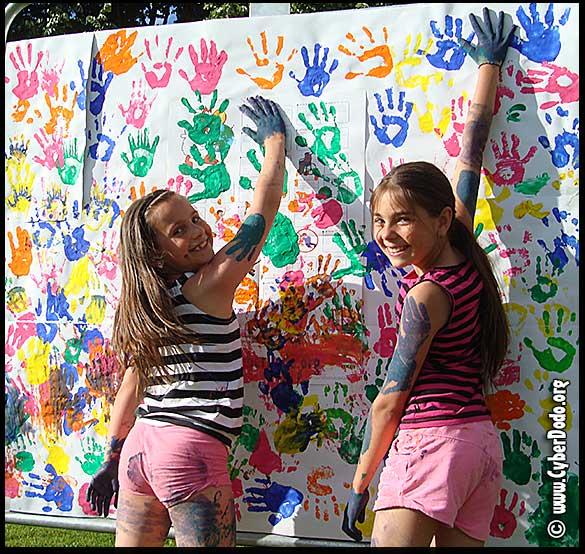 «Signature» de la Convention des Droits de l'Enfant par 2 de ses bénéficiaires